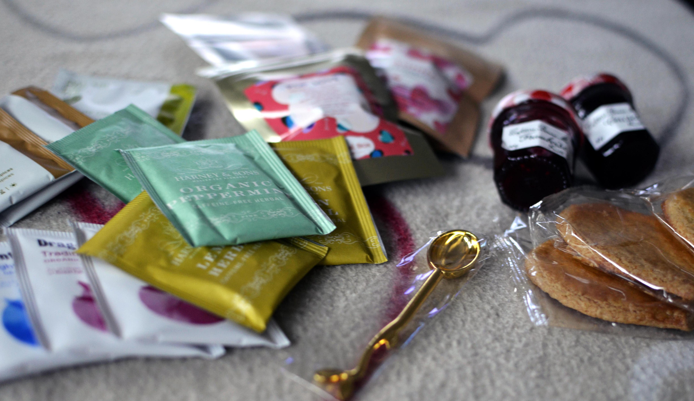 contenue thé box pop love février 2015