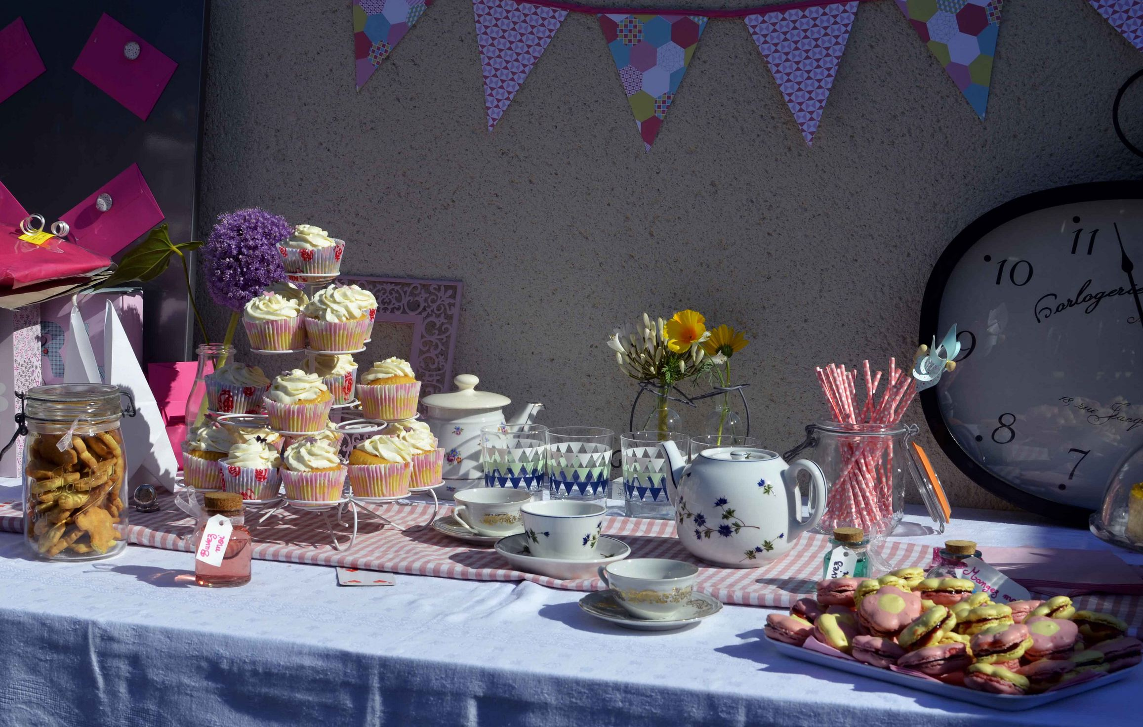 Sweet table baby shower th¨me Alice au Pays des Merveilles