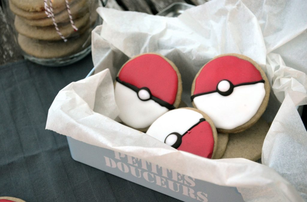 biscuit pokeball