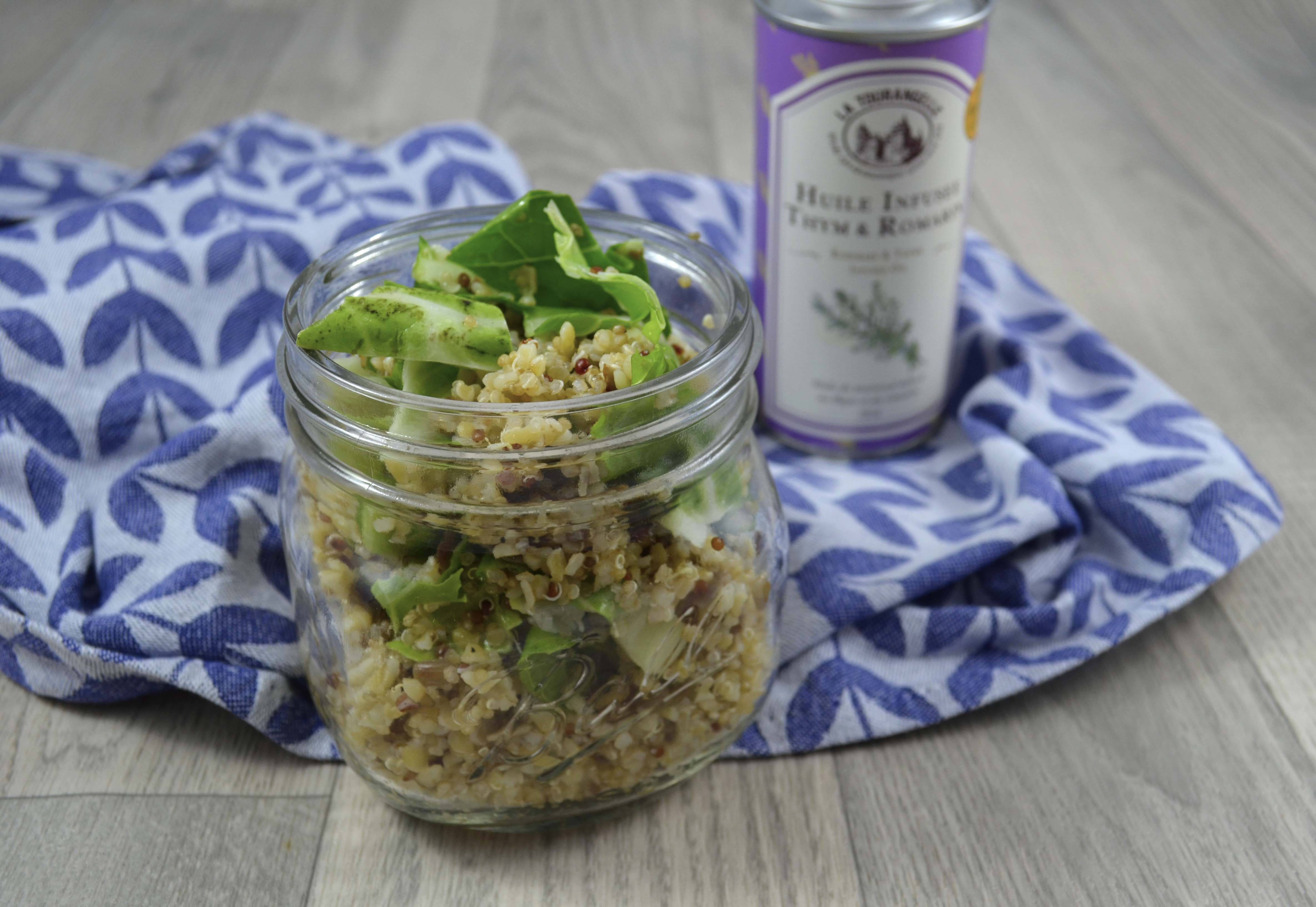 salade de quinoa aux feuilles de chou fleur et graines de tournesol quand julie patisse