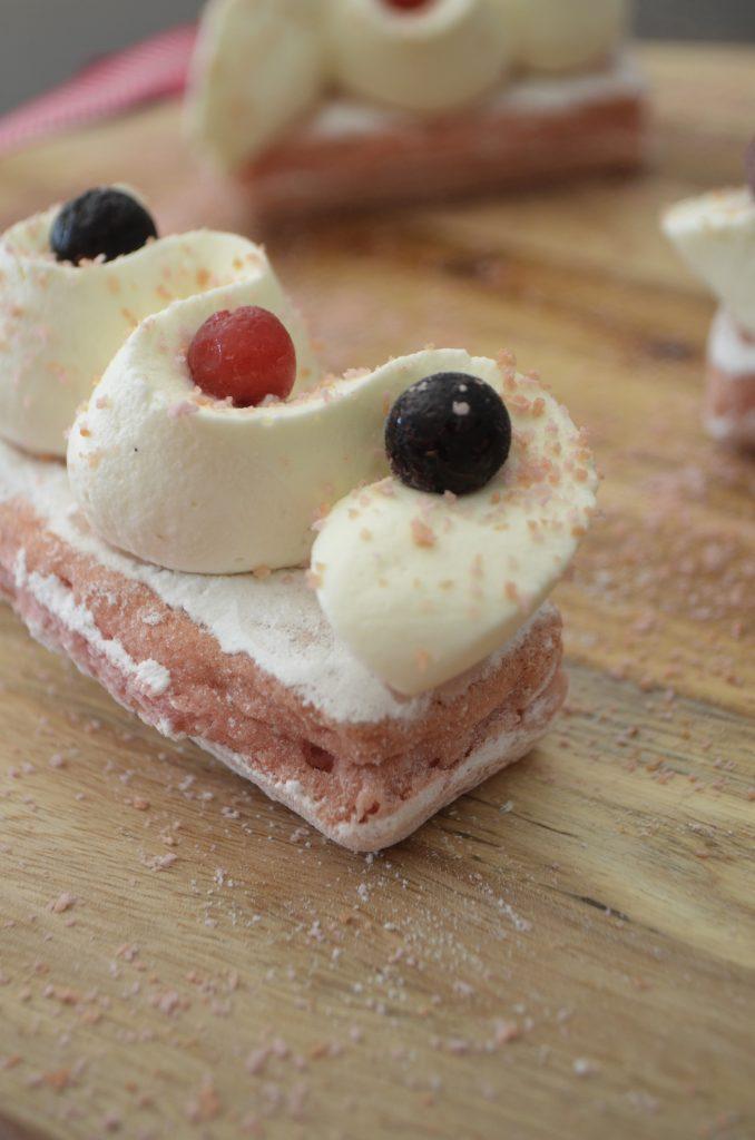 eclair-fossier-biscuit-rose