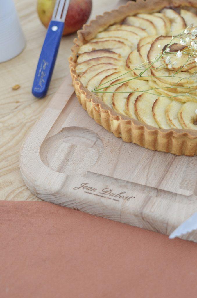 tarte aux pommes planche à découper jean dubost